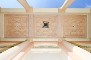 island-dr-porch-ceiling-v2 web